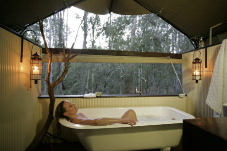 glamping a Paperbark Camp
